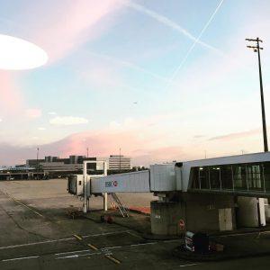 Joli ciel ! Espérons qu'à Venise il fasse aussi beau ! #onpartàVenise #touslesdeux