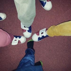 Après-midi au bowling: seul le ouistiti échappe à THE chaussures