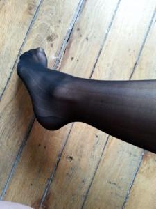 Heureusement j'ai un autre métier que mannequin de jambes ...