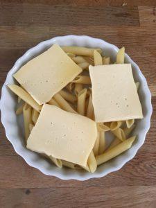 gratin-de-pa%cc%82tes-raclette-1