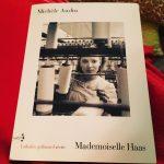 Enveloppe dans une couverture je lis Mafemoiselle Haas de Michlehellip